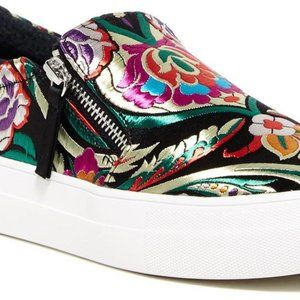 Steve Madden Embroidered Shoes 11